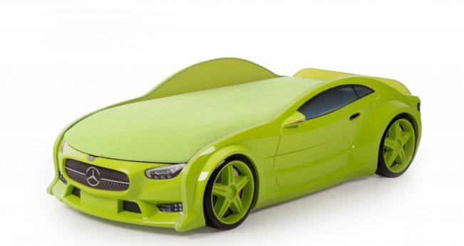 Mercedes green